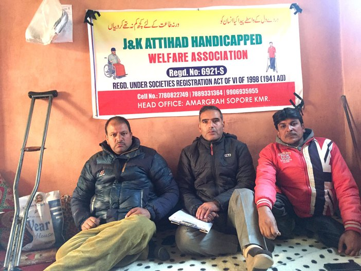 Tariq (Second from left) and Farooq (Right side) associated by pain story shams irfan