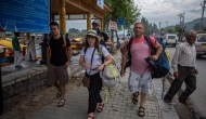 Govt Bans Entry Of Foreign Tourists In Kashmir