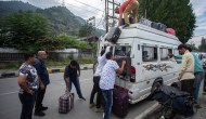 Cops Asked Tourists To Leave Kashmir, Say Hoteliers