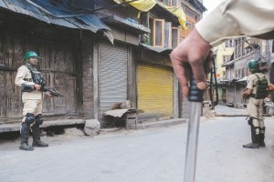 UK Opposition Calls for Int'l Intervention in Kashmir