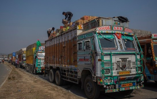 Nearly 6 Lakh MT Of Fruit Transported Out Of Kashmir In 3 Months: Govt