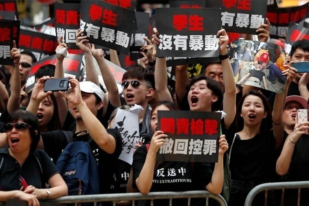 Hong Kong Govt Withdraws Bill That Sparked Protests