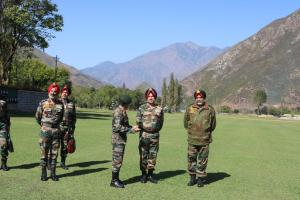 Army's North Command Chief Visits Kashmir