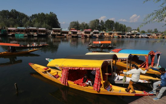 Need To Build Trust, Address Problems Facing JK Tourism Sector: Experts