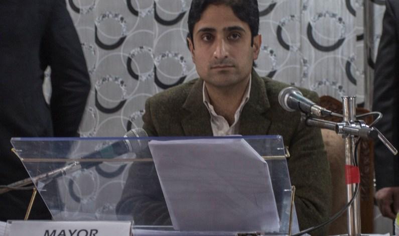 Srinagar Mayor Shifted To Delhi For Treatment