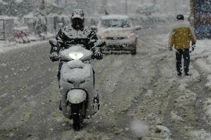 Kashmir Braces For Fresh Rains, Snow