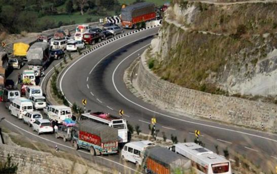 Bomb Scare On Banihal Highway