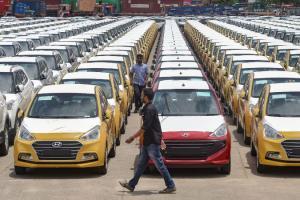 Passenger Vehicle Retail Sales Fall 5 Per CentIn January: FADA
