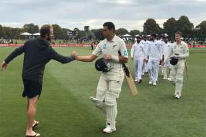 NZ Thrash India Inside Three Days, Win Series 2-0