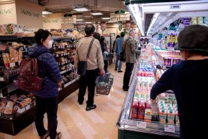Food Safety, Shopping & COVID-19: What You Should And Shouldn't Be Doing