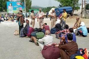Stranded Kashmiris, Migrant Labourers Seek Quick Evacuation