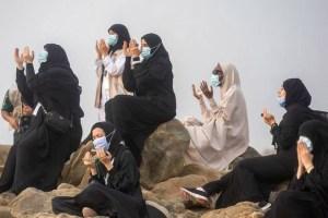 10,000 Perform Smallest Haj In Memory