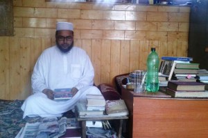 Meet The Imam Who's Making Kashmir's Seminary Students 'Competitive'