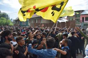 Clashes In Srinagar After Ashura Procession Met With Force