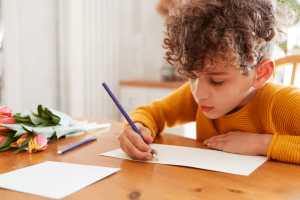 Study Reveals Writing By Hand Makes Kids Smarter
