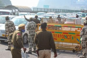 Traffic Woes Continue In Delhi Amid Farmers
