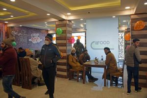 'Food Routes' Opens In Srinagar To Serve Delicacies