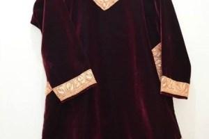 Pheran: The Unique Dress-Code Of Kashmir