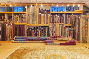 The Story That Our Handicrafts Tell About Their Demise
