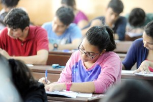 Some of the Best E-Learning Resources to Ace Govt Job Exams in India