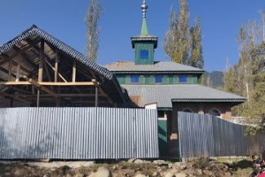 Congregational Prayers In Tangmarg Village Mosques Prohibited
