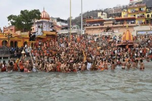 1 Of Every 6 Daily Infections Is Now In India, Huge Kumbh Crowds