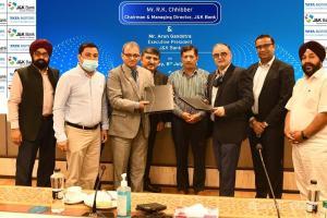 J&K Bank, Tata Motors Sign Pact