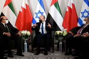 Israeli PM Bennett Meets Bahrain, UAE Ministers In US