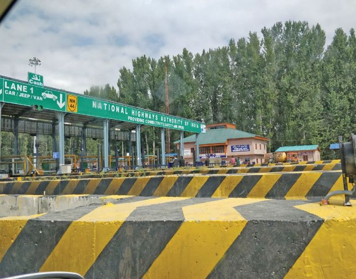 Jammuites being looted with Toll Plazas