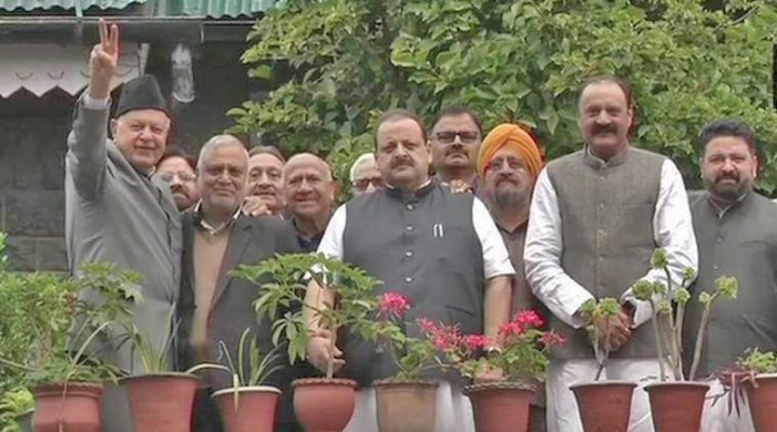 NC delegation from Jammu meets detained Abdullahs