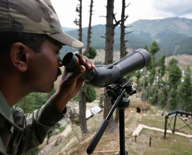Heavy fire along LoC in Uri, Keran; police station Uri hit