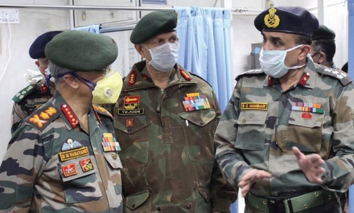 Army chief arrives in Valley to review security situation