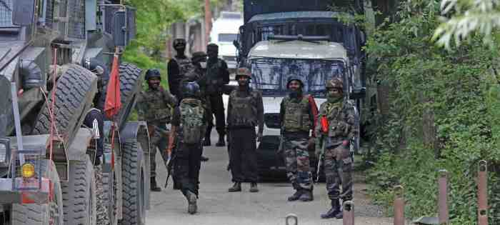 Minor boy, CRPF soldier killed in militant attack in Anantnag
