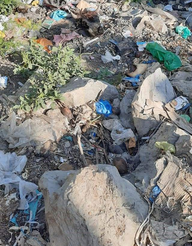 River embankments in Hajin turned into dumping site