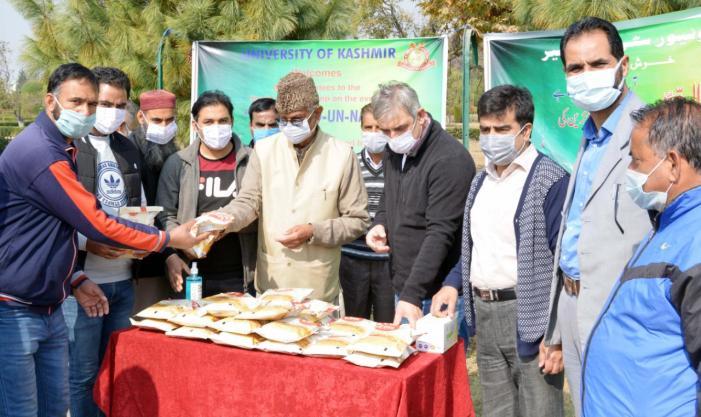 VC KU inaugurates special social service camp on Eid Milad-un-Nabi (SAW)