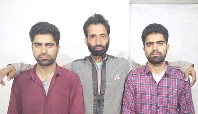 Tangmarg twins qualify NEET with flying colours