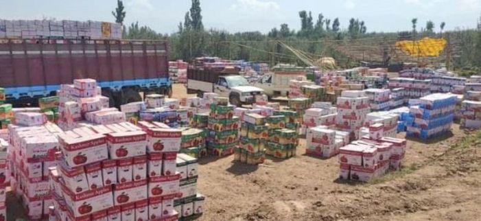 Kashmir's apple markets to shut in support of farmers