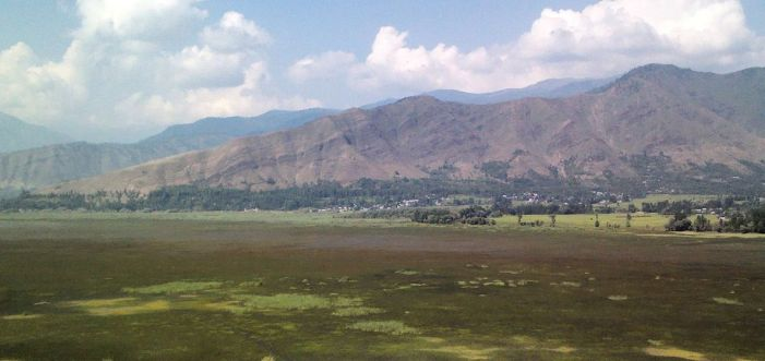 HC bans construction, orders removal of encroachment within 200 metres of Wular Lake