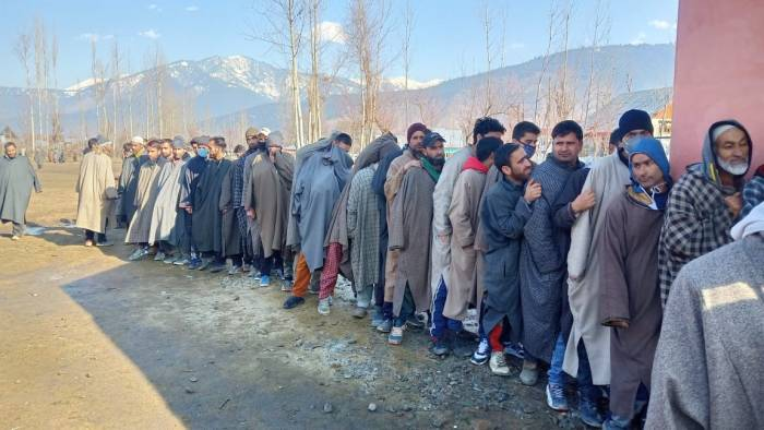 47.43 percent voting till 1 pm in 7th phase of J&K DDC polls; over 58 percent in Bandipora