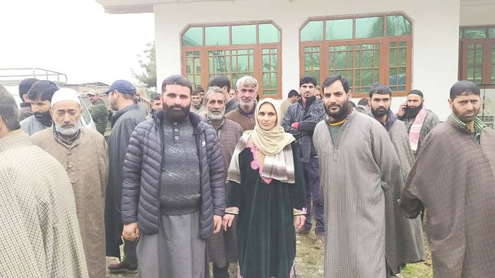 PDP candidate for Pampore DDC constituency campaigns in villages