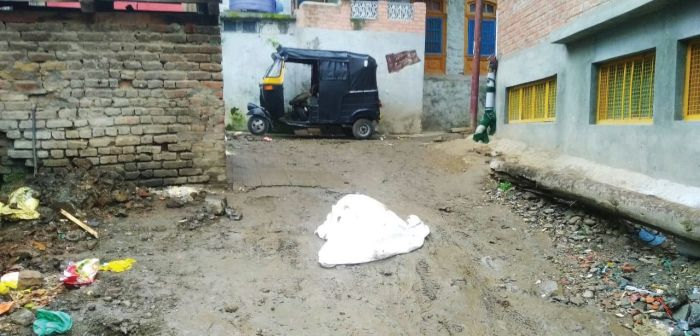 Roads in Anantnag town dug up under Atal Mission, then left as a mess