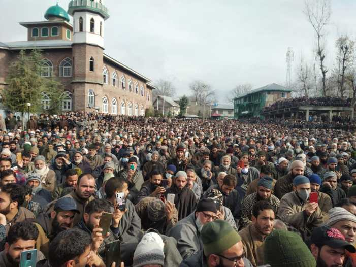 Thousands attend funeral of Islamic scholar Noor Mohammad Trali