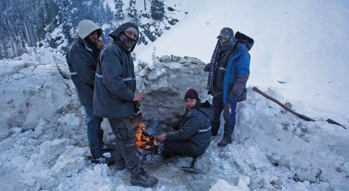 Heavy snow forecast in Kashmir starting Monday