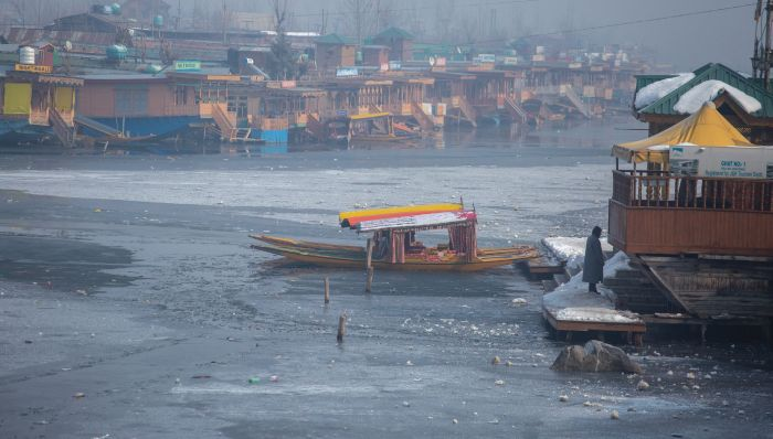 Freeze Continues, Minus 6.4°C In Srinagar
