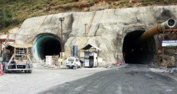 Labourers' strike hits work on double-tube Banihal-Qazigund tunnel