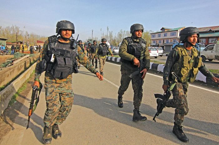 Militants attack CRPF in Srinagar, 2 troops dead, another critical