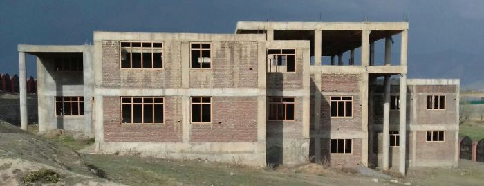 New building of DIET Pampore, nearly complete, abandoned since 2018