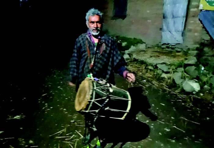 To rouse those in slumber, Sehar Khans back in Kashmir