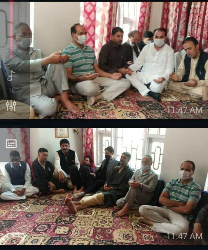 Apni Party delegation led by Gh. Hassan Mir visits slain worker's residence in Devsar-Kulgam