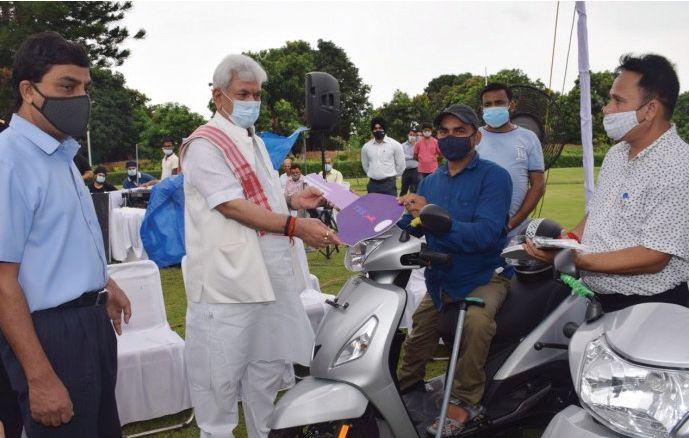 LG launches Senior Citizens National Helpline 'Elderline'